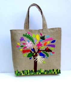 Handmade jute tote bagcolorful tree by Apopsis on Etsy Jute Tote Bags, Reusable Tote Bags, Summer Tote Bags, Hand Applique, Fabric Bags, Homemade Gifts, Elegant, Bunt, Burlap