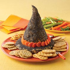 "Cheesy Witch Hat Appetizer for Halloween. Have to make this for the ""Adult Neighborhood Halloween Party"" this year :) Halloween Snacks, Halloween Goodies, Halloween Dinner, Halloween Fun, Halloween Entertaining, Halloween Table, Halloween Images, Halloween Costumes, Fall Recipes"