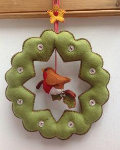 "Mandy Shaw Dandelion Design Christmas ""Felt Heart Garland"" Paper Pattern"
