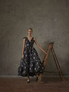 Your First Look At H&M's Collaboration With Erdem Is Here #refinery29 http://www.refinery29.com/2017/10/176189/hm-erdem-fall-2017-collection-photos-shop-now#slide-12