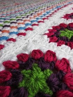 crochet blanket - like the combo of straight granny stitch with granny squares