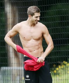 Kevin Trapp - German - Eintracht Frankfurt - July 8, 1990