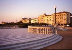 Livorno, Italy  Livorno, English traditionally Leghorn, is a port city on the Tyrrhenian Sea on the western coast of Tuscany, Italy. It is the capital of the Province of Livorno, having a population of approximately 161,000 residents in 2011.