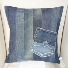 Housse de coussin en jeans recyclé avec poche, façon patchwork