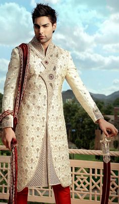 Stunning work on sherwani. #sherwani #wedding #marriage #india #Indian #ethnic #men #fashion #groom #grooms #couture #outfit