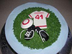 Ultimate Frisbee cake. No way.