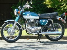 and the other vintage bike i own...a 1970 honda CB 350