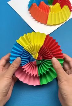 Stress relief flower easy way to DIY an anxiety relief paper flower at home Diy Crafts Hacks, Diy Crafts For Gifts, Diy Home Crafts, Creative Crafts, Fun Crafts, Handmade Crafts, Paper Crafts Origami, Paper Crafts For Kids, Diy Paper