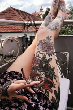 I Could Totally Marry This Girl! — prslcfr: Spending most of the time on my balcony Neue Tattoos, Hot Tattoos, Body Art Tattoos, Tatoos, Cute Girl Tattoos, Piercings, Piercing Tattoo, Tattoed Girls, Inked Girls