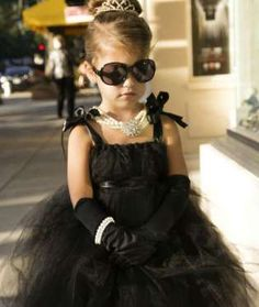 Holly Golightly would absolutely approve of this oh-so-chic 'Breakfast at Tiffany's' costume. Bring ... - Mom.me