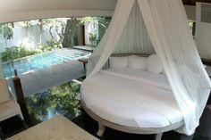 my dream #roundbed #pool#honeymoon#romantic#suite