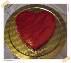 San Valentino si avvicina. Festeggia insieme al tuo amore con un buonissimo dolce, rigorosamente in stile Dukan. Questo dessert può essere consumato dalla
