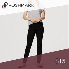 Loft skinny jeans Loft skinny jeans in black size 6 in excellent condition LOFT Jeans Skinny