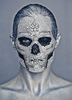 makeup strass skull