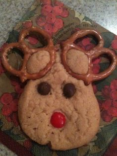 Got this cookie at a Christmas party at Hallmark!  You could use any kind of cookie mix!  Kids would love it!