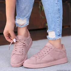 Dusty rose-pink shoes mauve shoes, pink shoes outfit, nude outfits, a Pink Shoes Outfit, Mauve Shoes, Nude Outfits, Girls Sneakers, Shoes Sneakers, Shoes Heels, Flat Shoes, Baskets, Street Style Trends