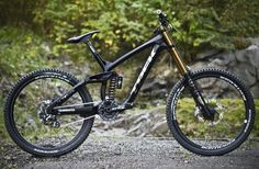 Aaron Gwin's new Trek Downhill Bike