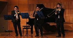 Los sonidos de Mozart, Grieg, Stamitz y Piazzolla formaron parte del programa del primer concierto de Jóvenes Talentos del ciclo 2016, realizado por estudiantes destacados del Conservatorio de Música U. Mayor #UMayor