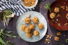 Oppskrift på Cheese balls med glaserte valnøtter og rosmarin