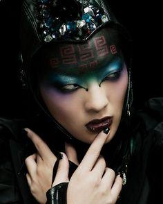 Interesting scifi makeup
