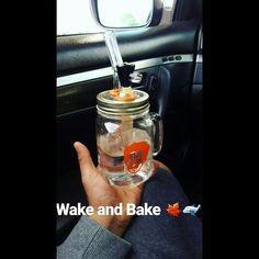 Hope everyone has a great day! Nice #dealiebuddy shot! . #wakeandbake #dodealie #dealieatingthenation #ganja #weed #mmj #fuledbythc #riseandgrind #giftidea #gift #rig #glassforsale #shatter #dabs #crumble #thc