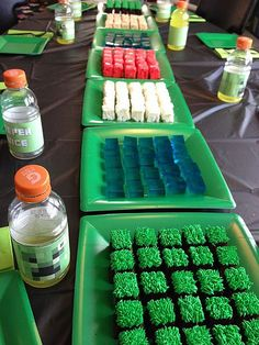 Jill's build-your-own-landscape Minecraft cake (and Rice Krispie treats, and jello). by DC Meatloaf, via Flickr