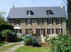 La Germainiere is peacefully situated in rolling unspoilt Normandy countryside 15 mins from lovely sandy beaches. It is a beautifully refurbished stone farmhouse with large secluded gardens and magnificent 10m heated private pool. #Normandy #Holiday #Pool #Lovely #Garden #Rural #Activities