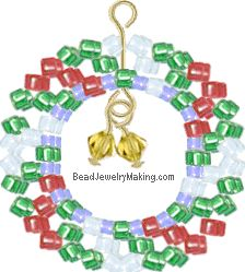 You can find a variety of Free Arts and Craft Project here, including beaded tutorials and other project. This month's project is a beaded Christmas Wreath Charm, made with Japanese glass seed beads using right angle weave Beading technique. Christmas 24, Christmas Makes, Christmas Ideas, Christmas Wreaths, Christmas Crafts, Christmas Ornaments, Beaded Ornaments, Ornament Crafts, Bead Crafts