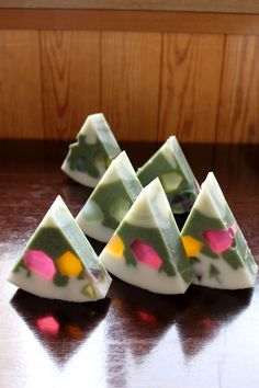 Super cute way to cut soap. You could get really creative with this design!
