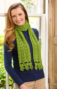 Loops for Fringe Scarf, free crochet pattern designed by Ruthie Marks, Intermediate level scarf. Red Heart pattern.