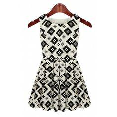 White Womens' Crewneck Sleeveless Plaids Zipper Side Above Knee Pleated Dress