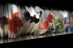 Sealife at SHISEIDO THE GINZA 2015 Exhibition Stand Design, Exhibition Space, Museum Exhibition, Japan Design, Trade Show Design, Artwork Lighting, Desktop Decor, Shop Window Displays, Window Design