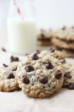 Non-Diary Cinnamon Oatmeal Chocolate-Chip Cookies. Recipe on ...