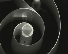 """""""Los analfabetos del futuro no serán los que no sepan escribir   sino los que no sepan fotografiar""""   Lázlò Moholy-Nagy"""