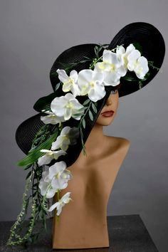 It is my own unique design. Vogue hats are perfect for horse racing events, church, the Kentucky derby, weddings, garden Tea Party Outfits, Derby Outfits, Tea Party Hats, Tea Parties, Kentucky Derby Outfit, Mad Hatter Hats, Mad Hatters, Bridal Hat, Donia