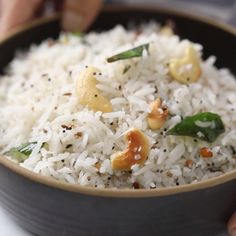 An easy recipes for coconut rice that only takes 15 minutes! Perfect for times when you don't know what to make for dinner. Gluten free and vegan. Healthy Vegetable Recipes, Healthy Breakfast Recipes, Vegetarian Recipes, Cooking Recipes, South Indian Snacks Recipes, White Rice Recipes, Rice Side Dishes, Biryani Recipe, Lunch Snacks