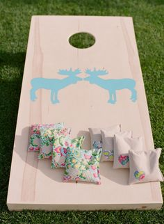 Unique Wedding Cornhole Sets  Photo by: Carrie Patterson Photography via Style Me Pretty