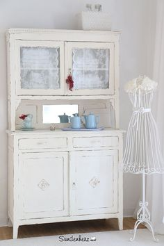 k chenbuffet home decor pinterest shabby and antique. Black Bedroom Furniture Sets. Home Design Ideas