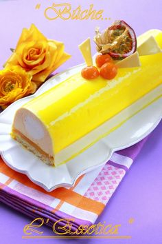 Mango Coconut Passion Fruit Log - ideas ideas for party trends 2020 Mousse Dessert, Mousse Cake, Chocolate Cake Recipe Easy, Everyday Food, Cute Cakes, Christmas Desserts, Holiday Recipes, Cake Recipes, Food And Drink