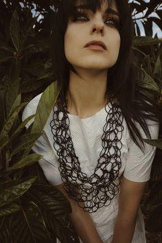 alienina » website Long Bib, Bijoux Design, Body Adornment, Contemporary Jewellery, Statement Jewelry, Crochet, Diy Jewelry, Chain, Website