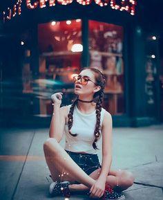 "15 photo ideas as a model for your friend ""the aspiring photographer"" – … - Art Girl Photography, Creative Photography, Street Photography, Fashion Photography, Scenery Photography, Photography Lessons, Shotting Photo, Insta Photo Ideas, Photo Instagram"