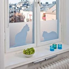 Buy your Ella & Ceasar window screen film from Siluett Frost at Nordic Nest. Window Privacy, Window Screens, Window Clings, Window Coverings, Cat Window, Window Film, Film Pour Vitrage, Window Protection, Home Decor