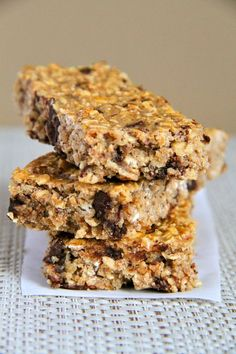 Soft and Chewy Protein Granola Bars -- gluten-free, egg-free, and made with no added sugar.
