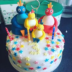 My daughters 3rd birthday cake...her current fav programme Twirlywoos. Super talented friend to the rescue as always! #twirlywoos #twirlywooscake #cbeebies #daughter #birthday #cake #birthdaycake #homebaked #cakes #homemade #baking #baked #talented #skills #clever #friends #talentedfriends #grateful #thankful #lucky #happy #toddler #design #growingup #cakestagram #cakedesign #cakeart #cakedecorating