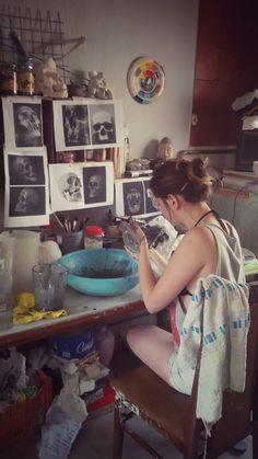 Esmaltando en el taller