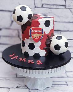 """Lynette Brandl on Instagram: """"All edible football themed cake #footballcake #soccercake #arsenal #arsenalcake"""" Football Themed Cakes, Sports Themed Cakes, Football Cakes For Boys, Soccer Cakes, Cakes For Men, Just Cakes, Bolo Sporting, Liverpool Cake, Football Birthday Cake"""
