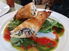 """Amazing breakfast from """"Rise!"""" in Fort Collins CO. Fiddlesticks - phyllo wrapped around sausage and egg. [4000x3000] [OC]"""