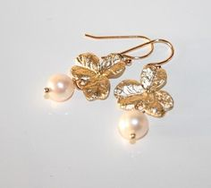 White Pearl & Lucky Clover dangle Earrings Gold by AngelPearls