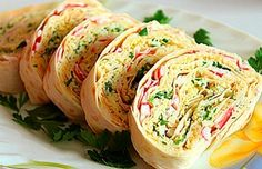 Recipes snacks lavash 2 different versions Ingredients: pita bread — 3 PCs ham — 200 g, cheese — 200 grams egg — 2 PCs, crab g lettuce, Cheese Ball Recipes, Snack Recipes, Cooking Recipes, Russian Dishes, Russian Recipes, Appetizer Salads, Cheese Appetizers, Bacon On The Grill, Appetizers