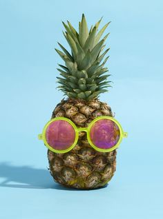 ¡Piña con gafas!
